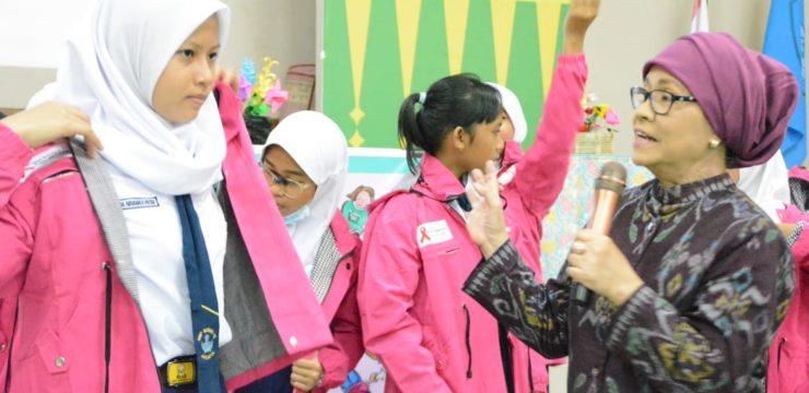 FIK UI Edukasi Remaja Putri untuk Peduli HIV/AIDS