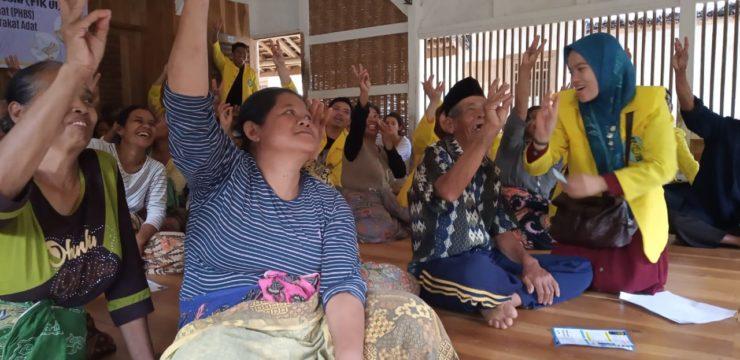 Cegah Hipertensi, Relawan FIK UI Berikan Penyuluhan di Kampung Naga