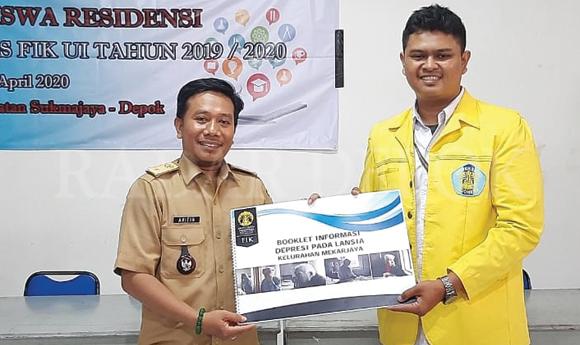 Mahasiswa Residensi FIK UI Mengabdi di Mekarjaya