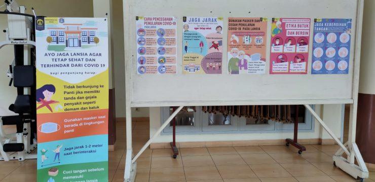 FIK UI Beri Edukasi Pencegahan COVID-19 di Tiga Panti Werdha Jakarta