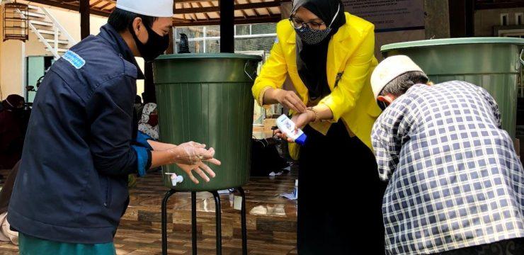 Cegah Penularan Covid-19, FIK UI Sosialisasikan Perilaku Hidup Bersih Dan Sehat (PHBS) pada Anak Yatim Ceria Seribu Pulau