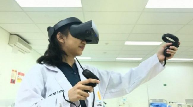 Faculty of Nursing UI Develops Virtual Reality as a Practicum Solution in the Covid-19 Pandemic and the Future